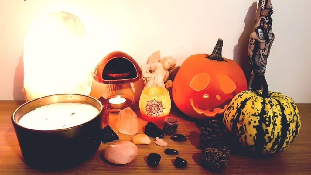"""alt=""""spiritual halloween and samhain altar"""""""